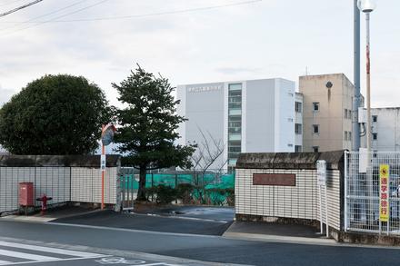 久居東中学校  約450m(徒歩6分)