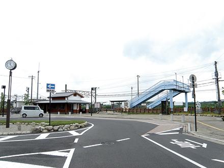 JR関西本線『井田川』駅  約1,700m 車で約5分