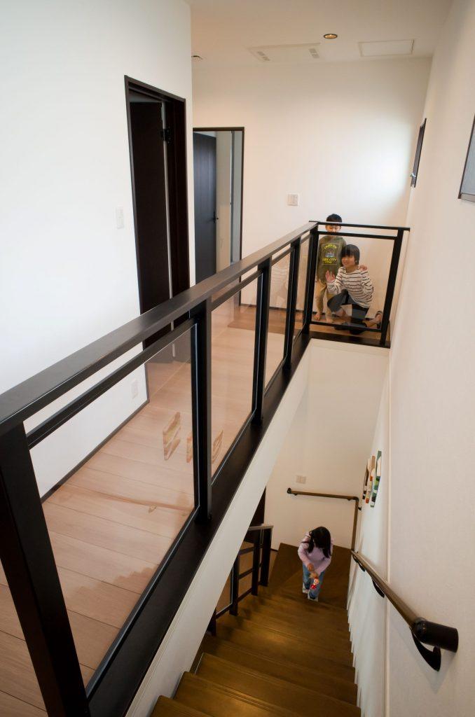 室内の2階