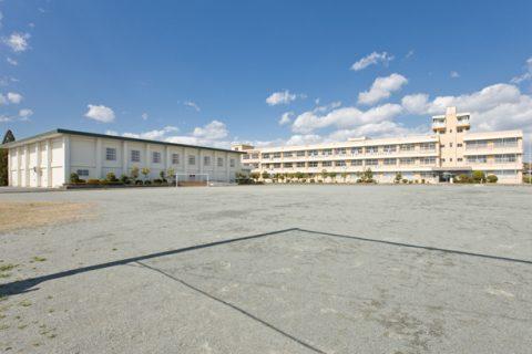 東員第一中学校 自転車約14分(約3500m)