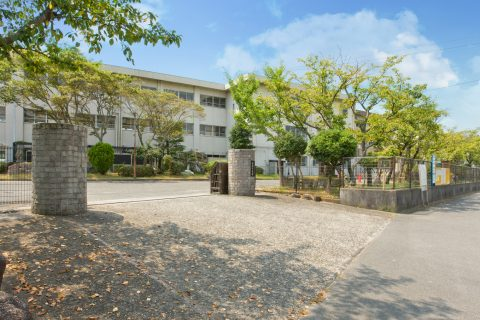 四日市市立常磐中学校 徒歩約15分(約1200m)