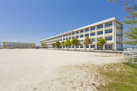創徳中学校